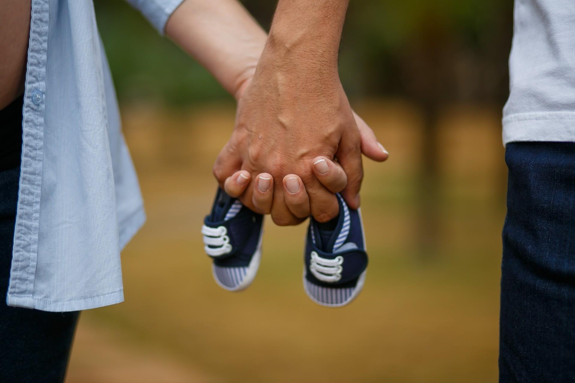 31 эффектный способ, как сказать мужу о беременности оригинально