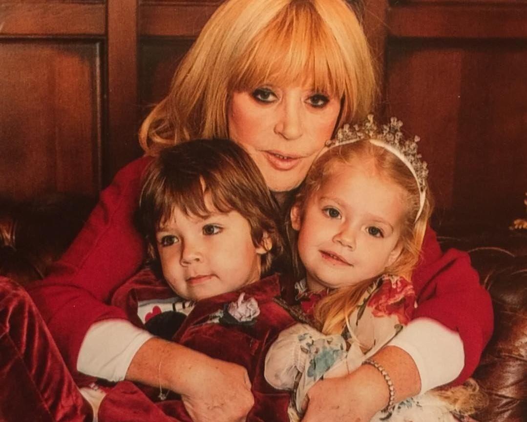 Алла Пугачева показала сходство дочери Лизы со своей бабушкой