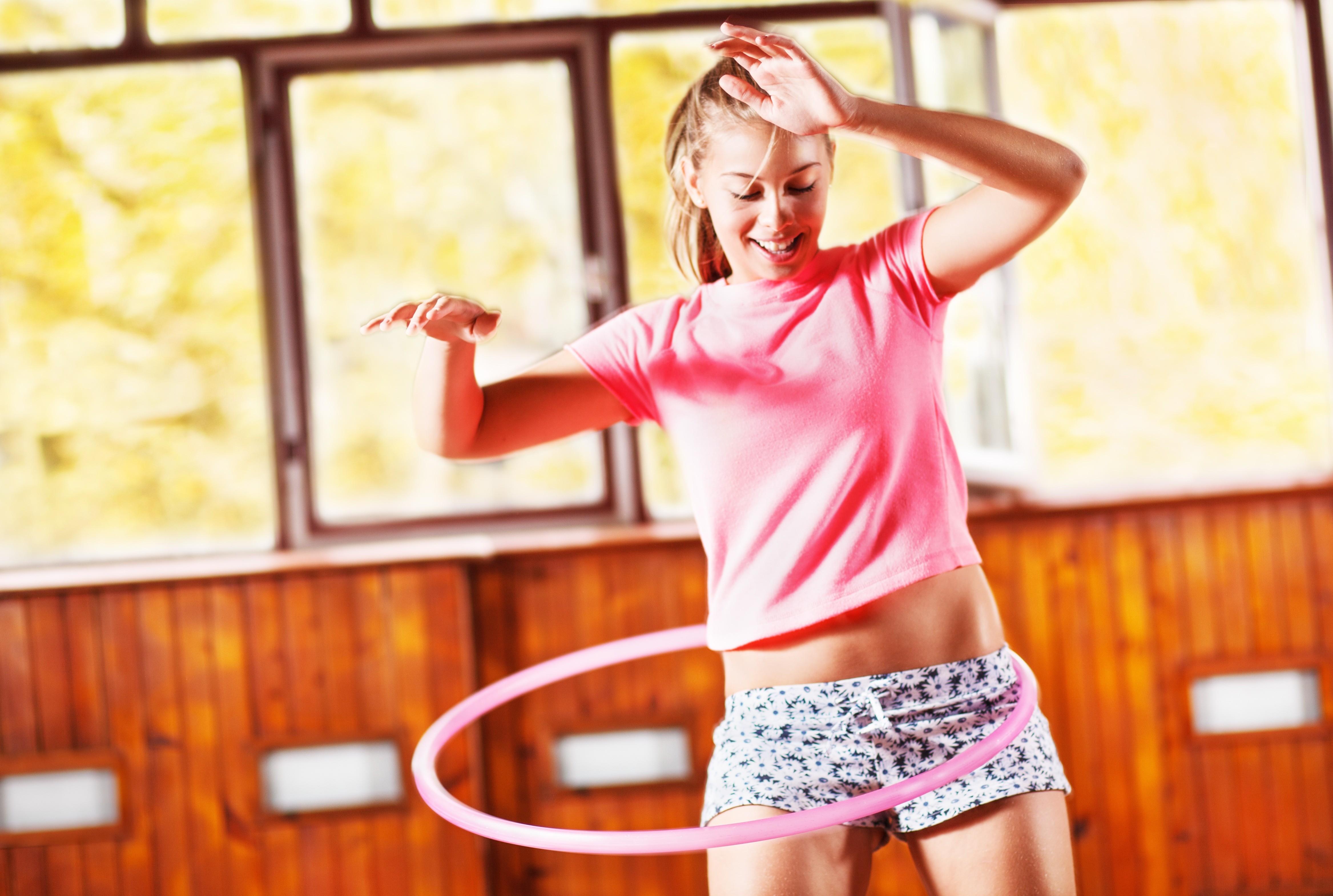 Топ-5 упражнений, чтобы убрать жировые комки на бедрах