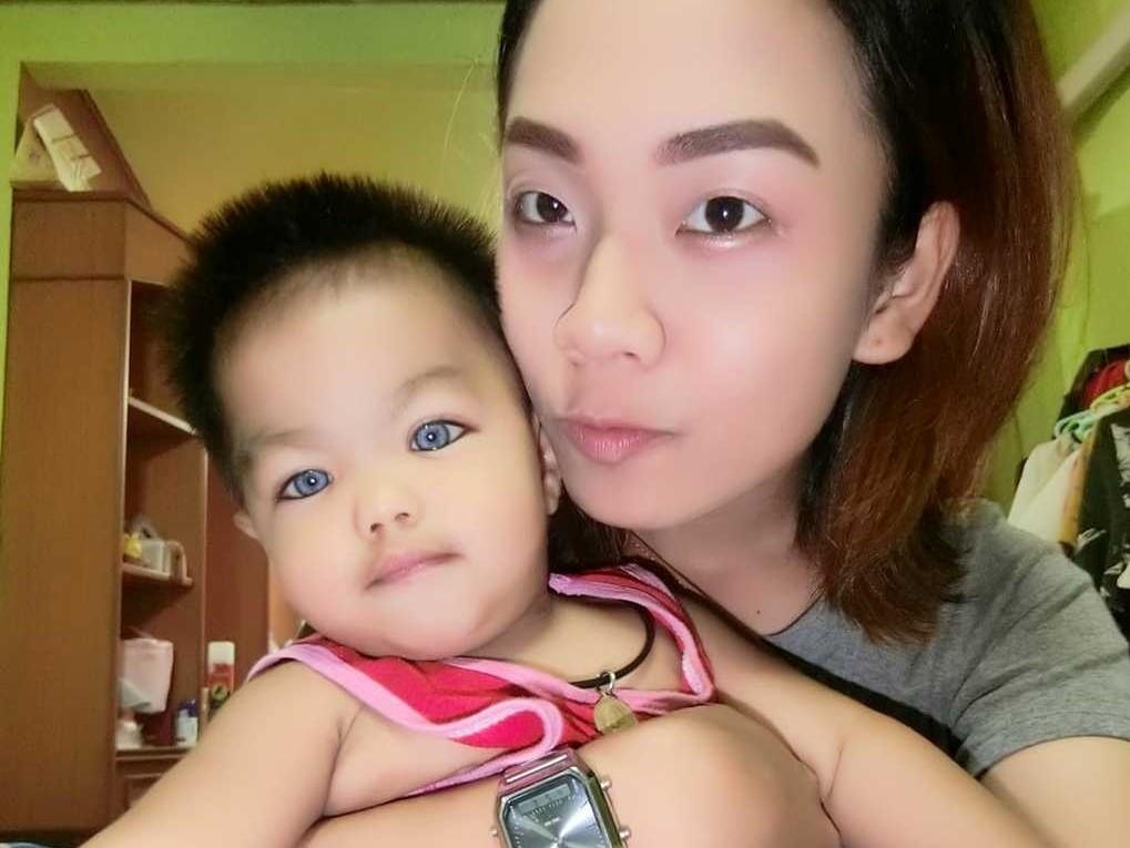 Как будто линзы: в сети обсуждают голубоглазого мальчика-азиата