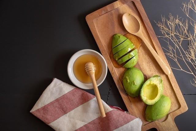 Авокадо для омоложения кожи: лучшие маски для лица