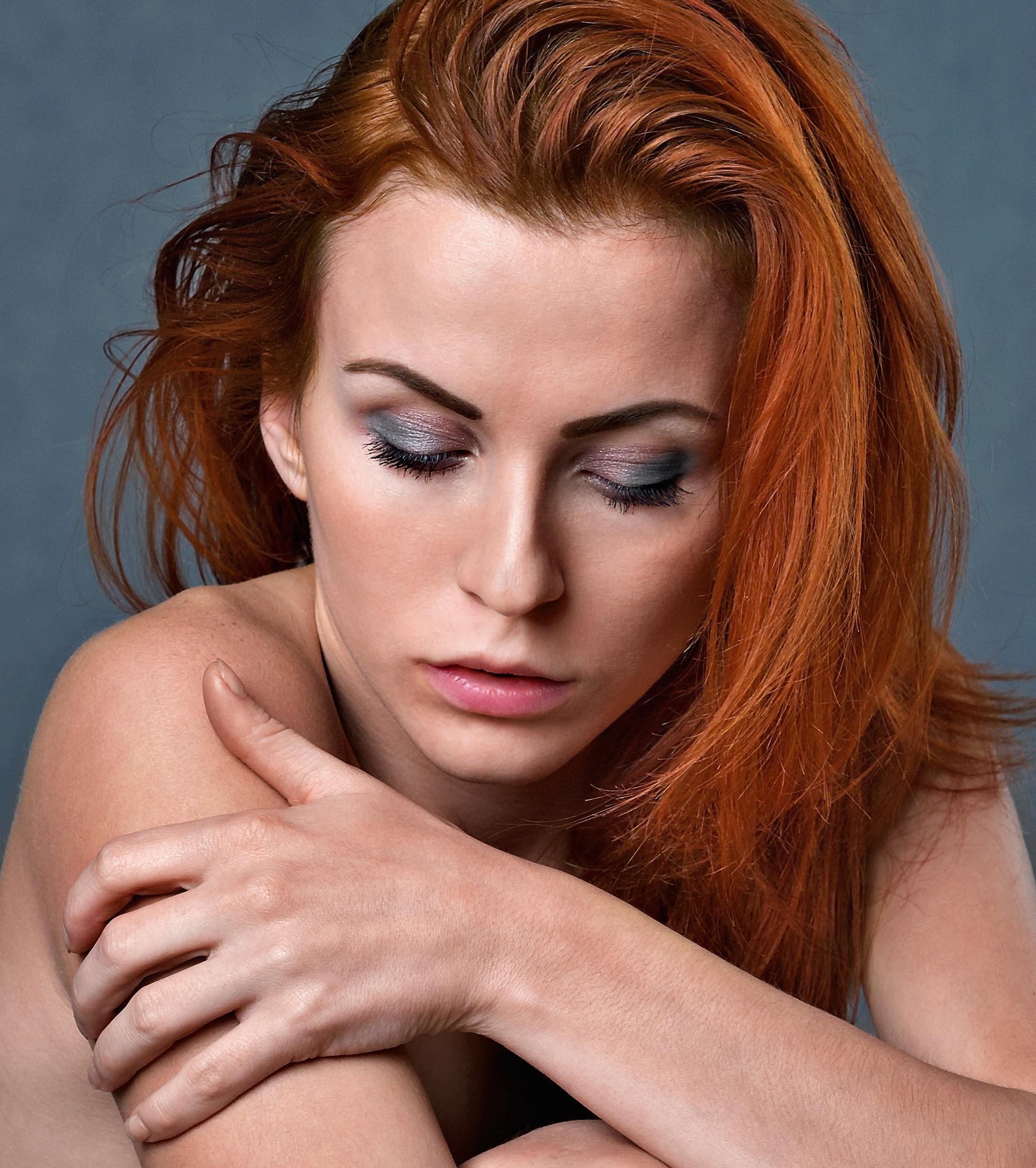 Польза домашних масок и другие мифы: 13 советов по уходу за волосами от профи