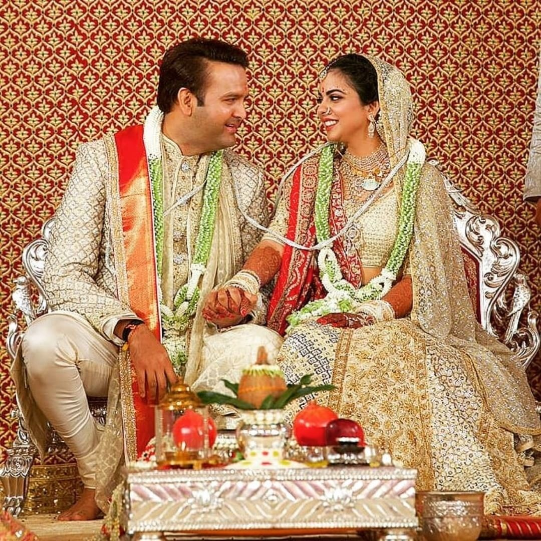 Как прошла свадьба дочери индийского миллиардера: звездные гости, тысячи цветов и обряды
