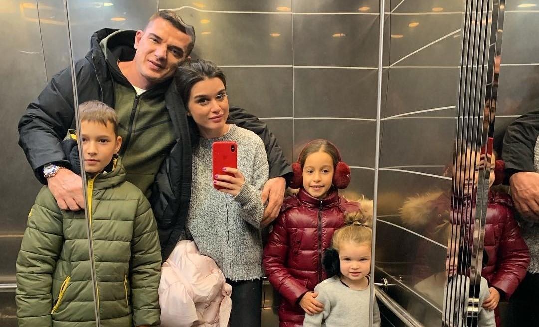 Ксения Бородина помогла жителю Челябинска купить квартиру, чтобы он мог забрать дочь из детского дома