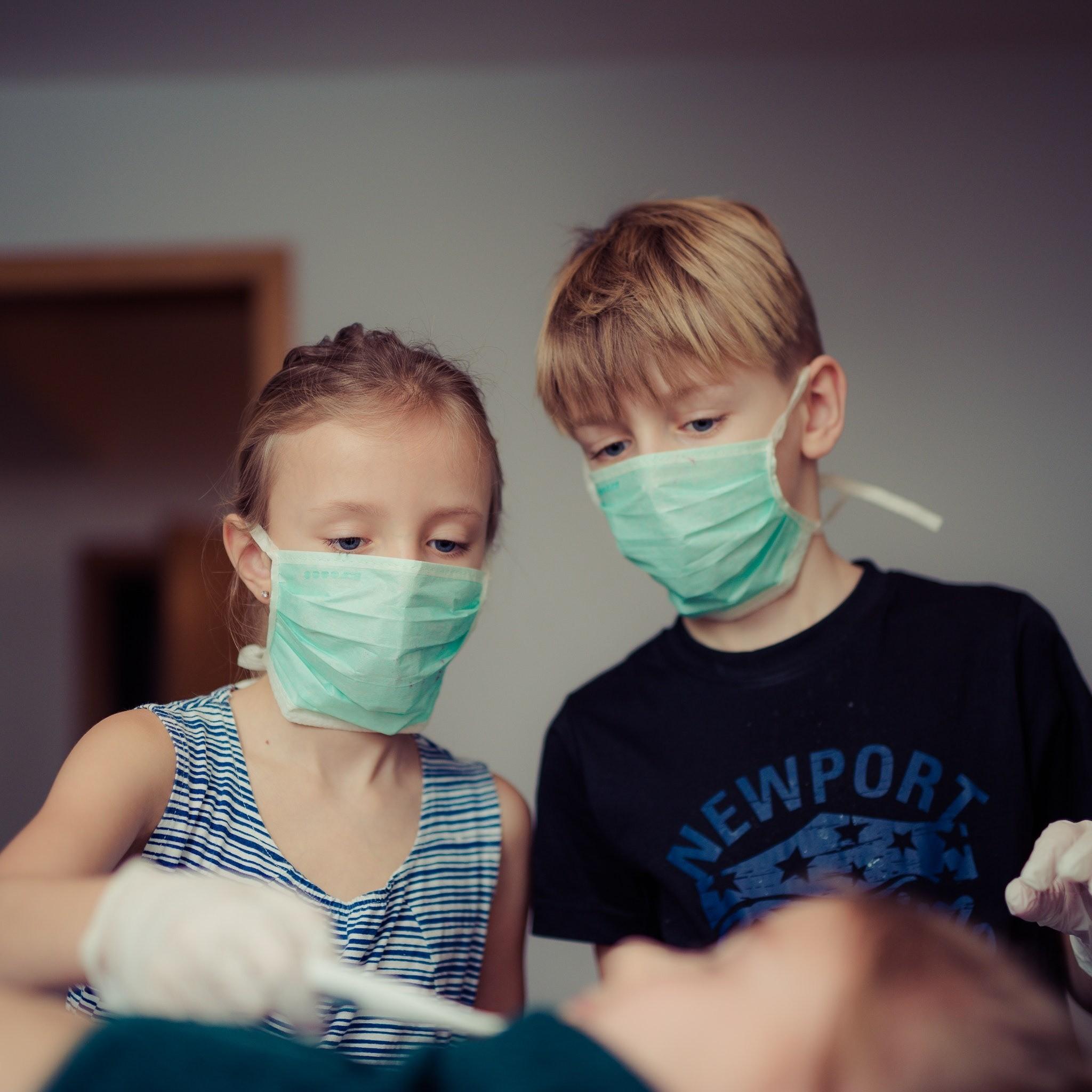 5 способов не заразить ребенка, если в семье болеют