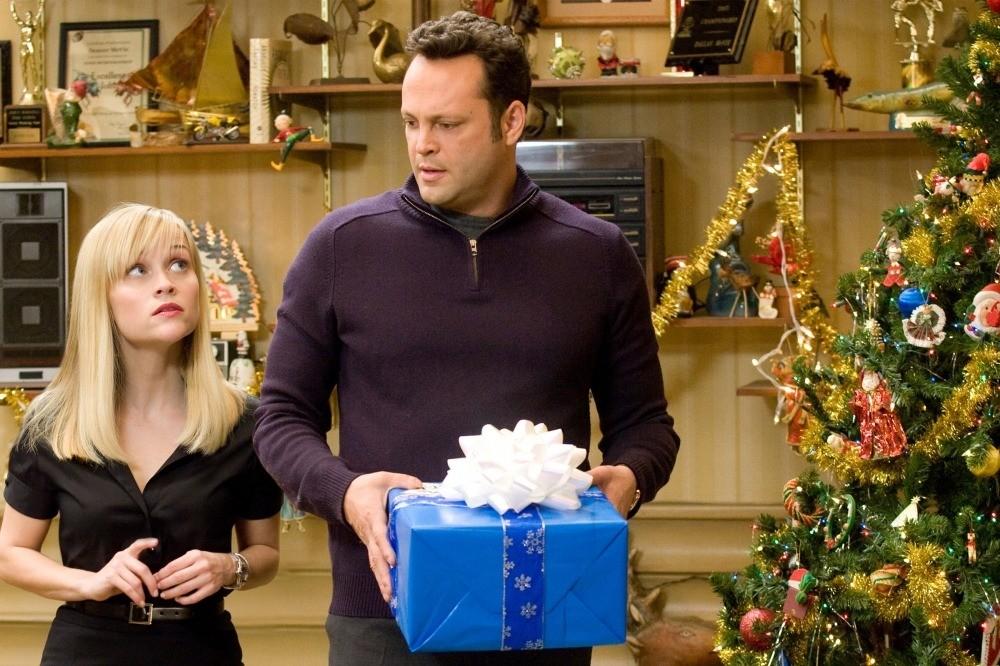 8 самых трогательных подарков из новогодних фильмов и сериалов