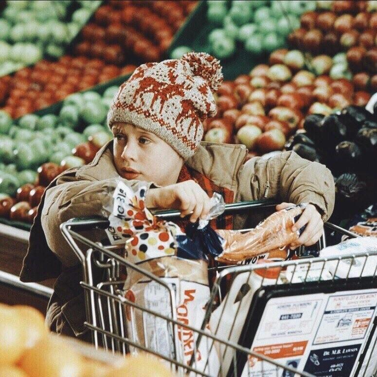 Чек-лист: 10 вещей, которые нужно успеть купить перед Новым годом