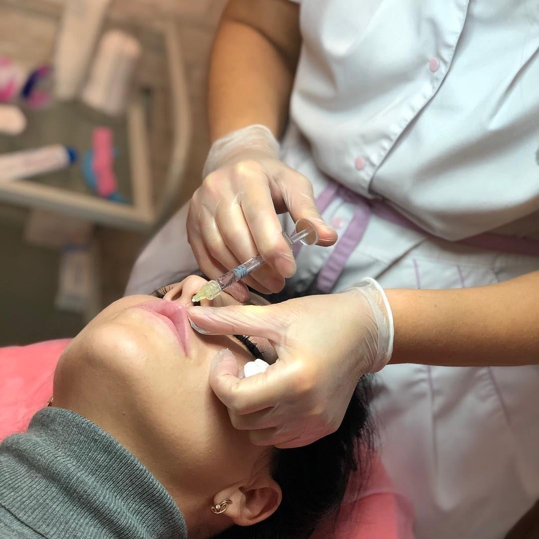 Гиалуроновая кислота в губы для увеличения: все, что ты хотела знать о контурной пластике
