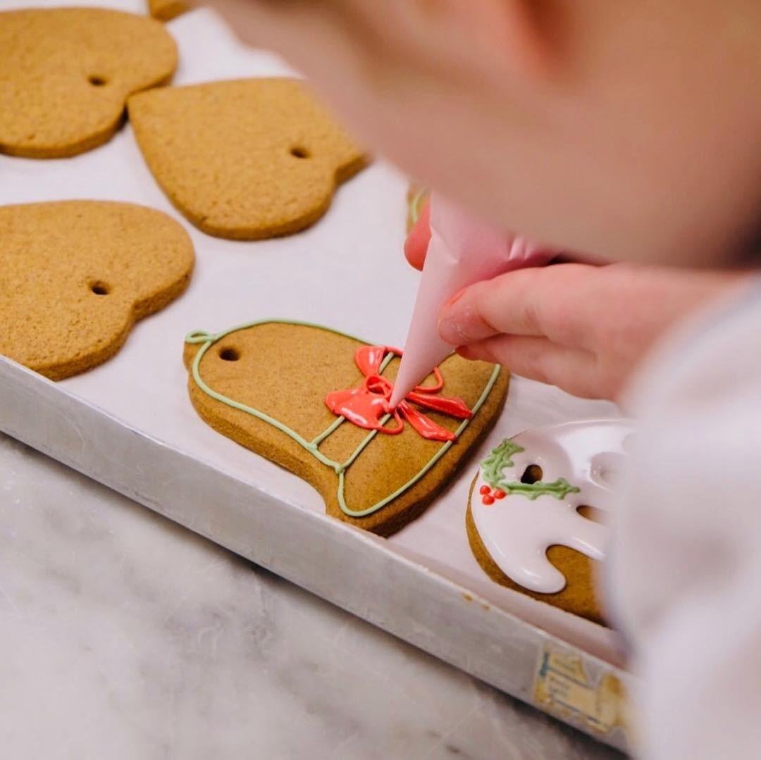 Рождественский рецепт имбирного печенья от Елизаветы II