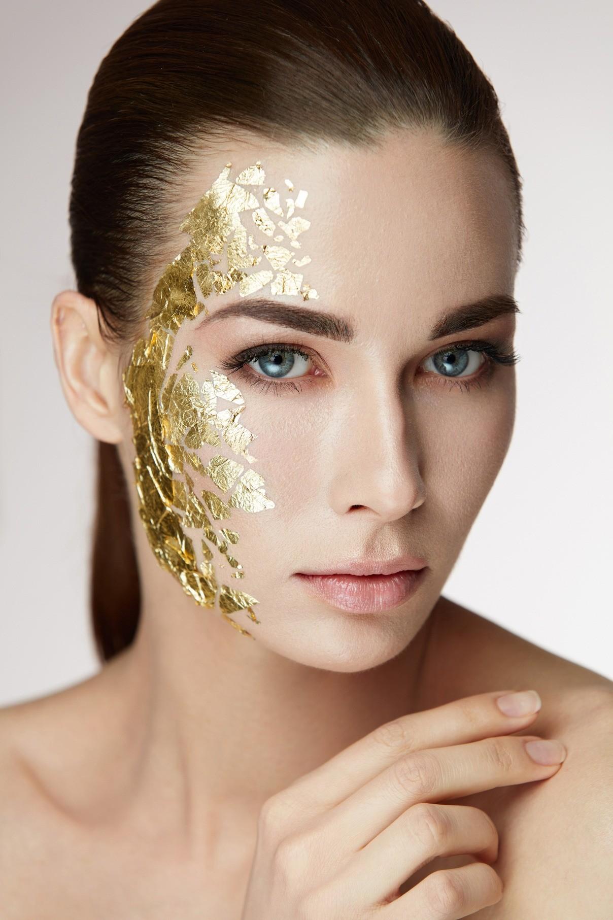 Косметика c золотом и серебром: почему она так популярна?