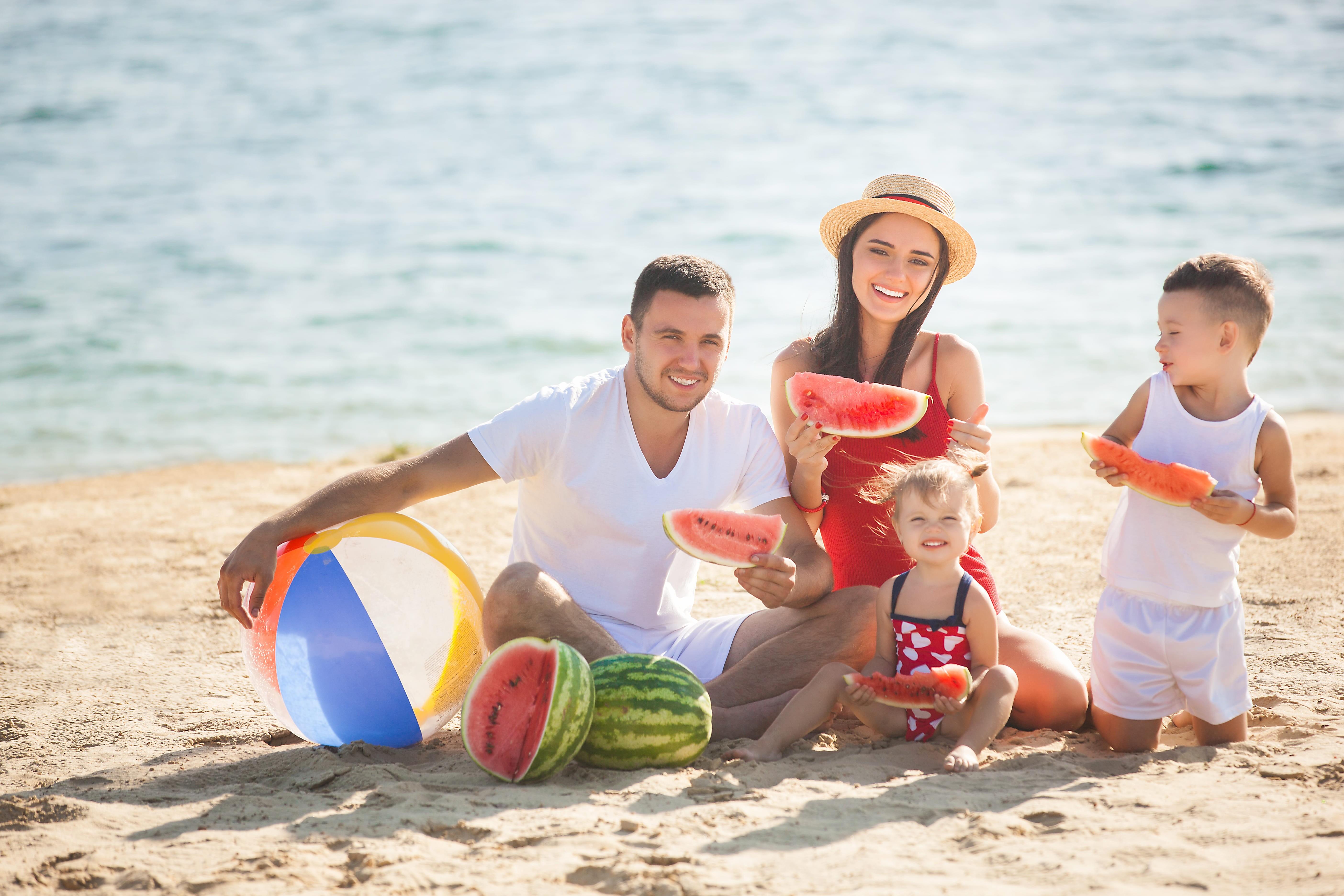 Отдых на Черноморье летом: 3 направления для всей семьи