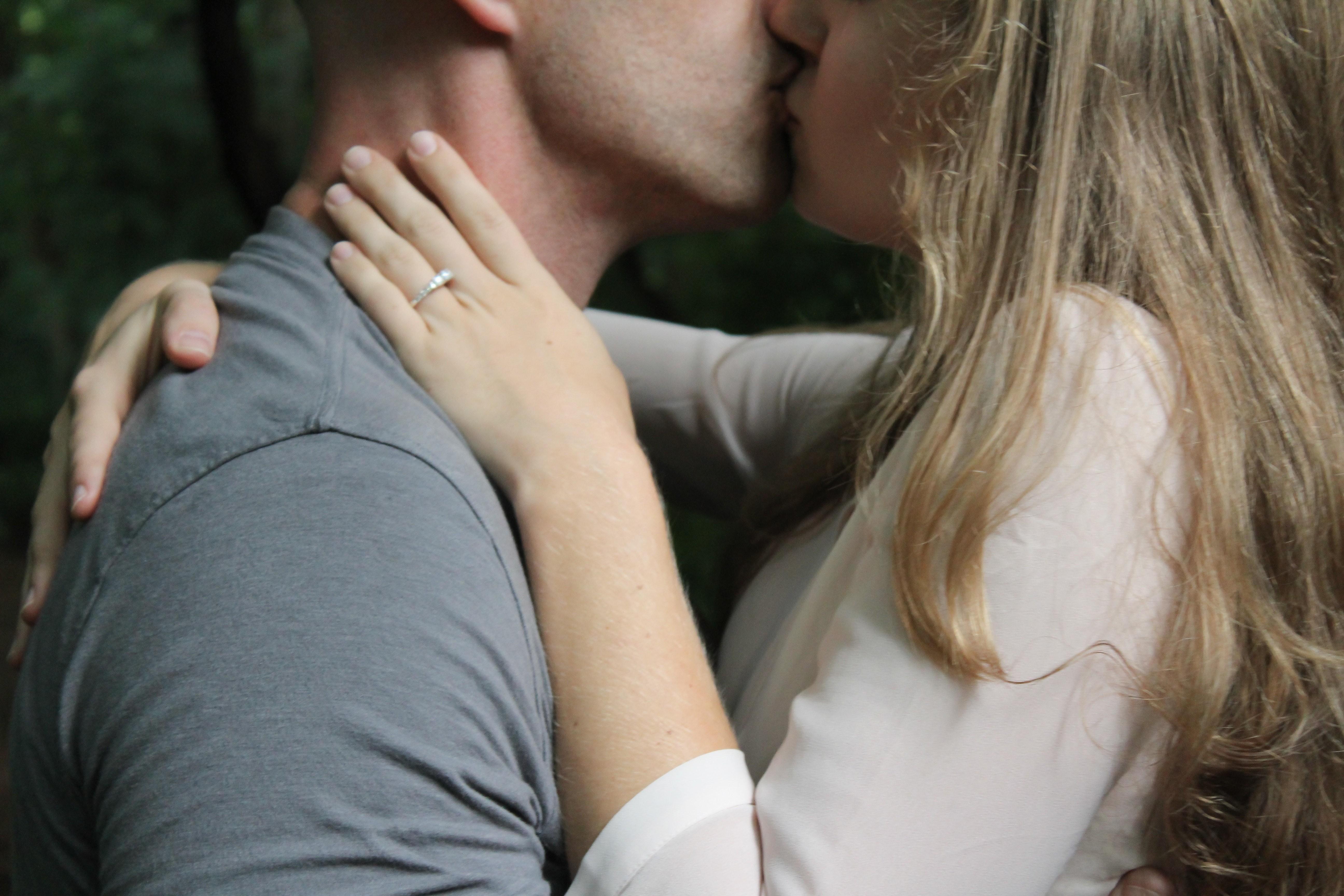 6 этапов отношений: узнай, на каком находишься ты