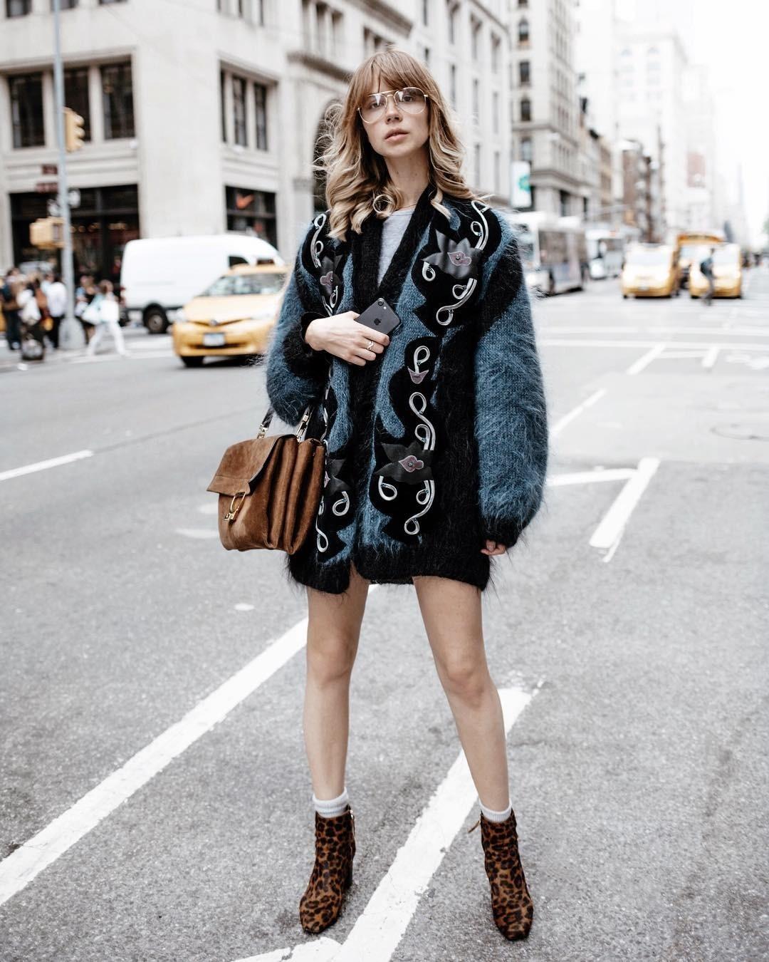 Мода циклична и, крадости многих модниц, вэтом году напике популярности оказались вещи, будто избабушкиного гардероба. Почему бы непозаимствовать что-нибудь дляпраздничной ночи? Есл...