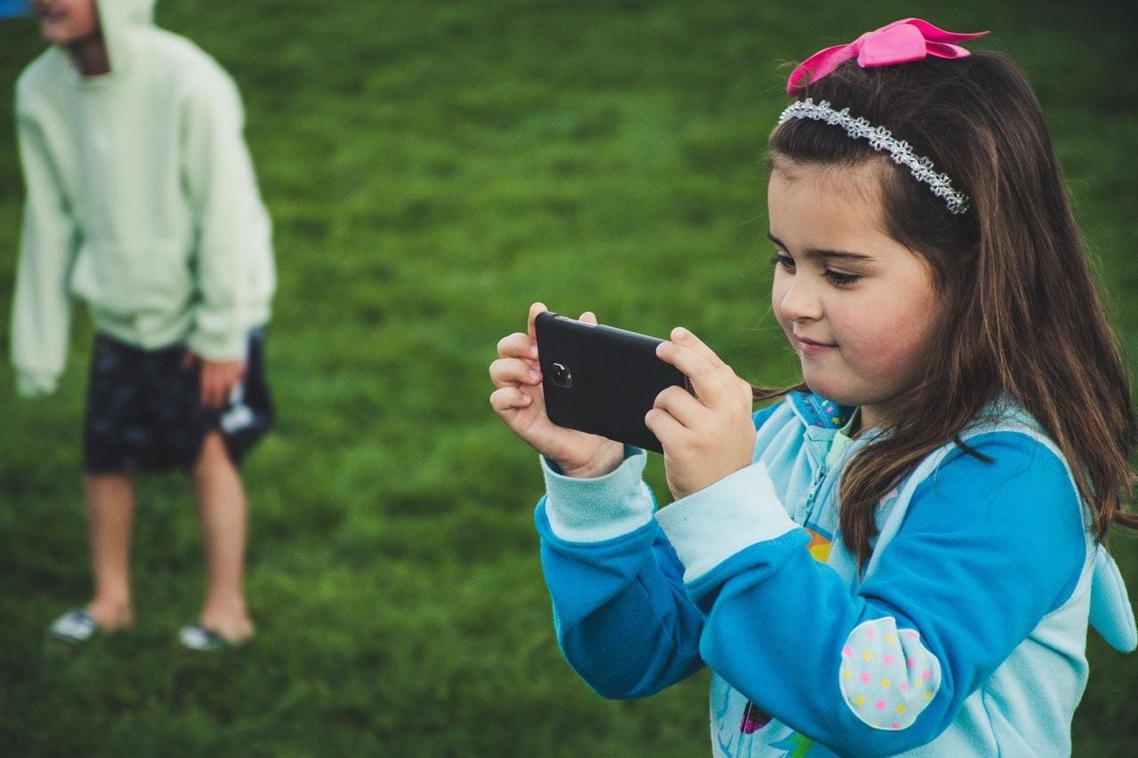 Чем мессенджеры могут быть полезны и опасны для детей?