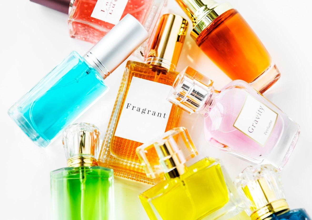 Парфюмерный этикет: как правильно пользоваться парфюмом и не раздражать окружающих