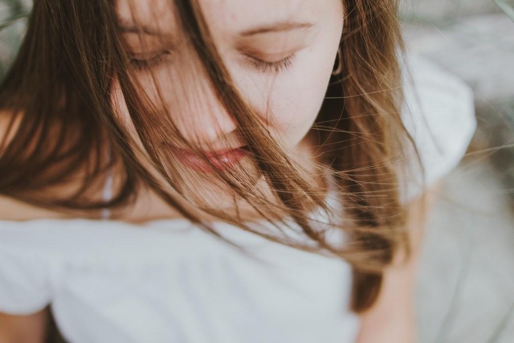 Пять минут в день: 5 эффективных духовных практик, которые помогут раскрыть женскую сущность