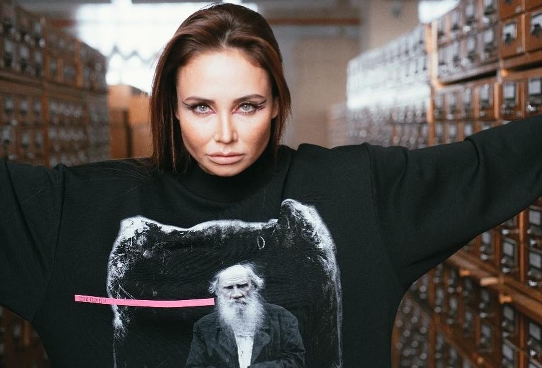Ляйсан Утяшева дала интервью, где поделилась воспоминаниями о серьезных операциях и возвращении в спорт
