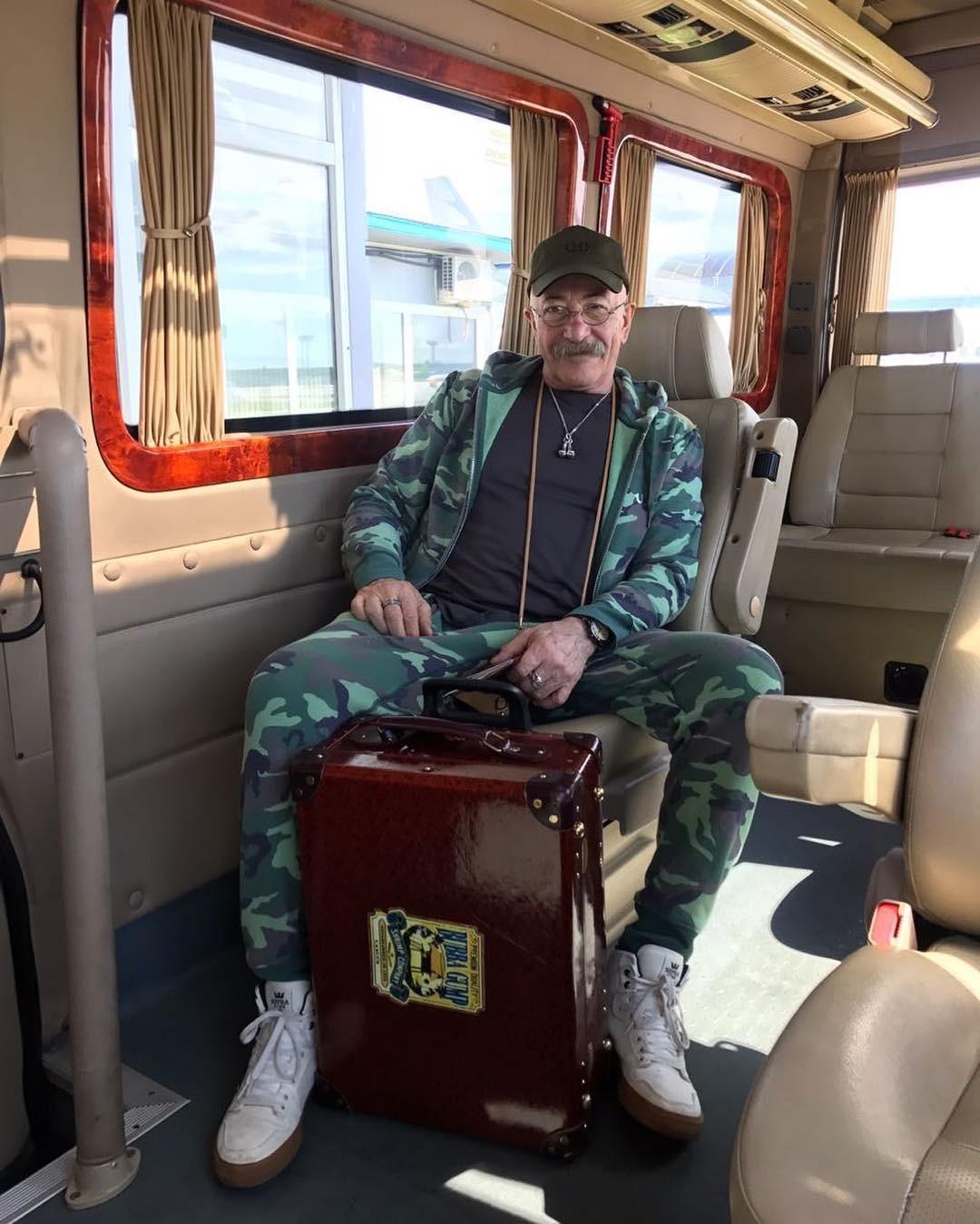 Среди пассажиров эконом-класс&#...