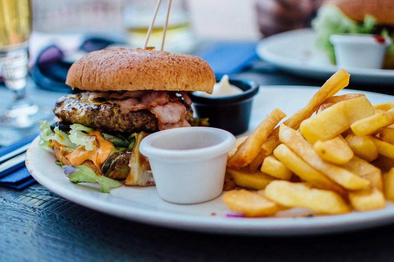 Азбука ПП: как работает пищеварительная система и какие продукты нельзя класть в одну тарелку?