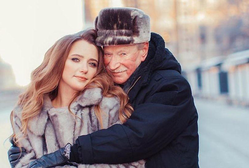 87-летний Иван Краско откровенно рассказал о жизни с молодой женой