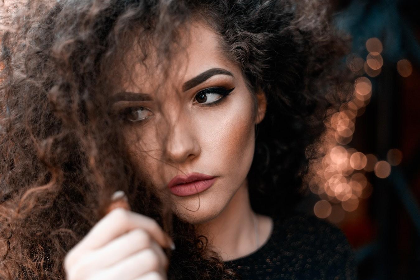 Как восстановить безжизненные волосы: советы и рецепты масок