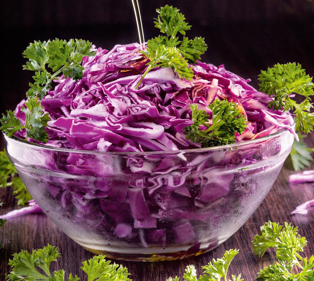 Рецепты с красной капустой: голубцы и пикантный суп