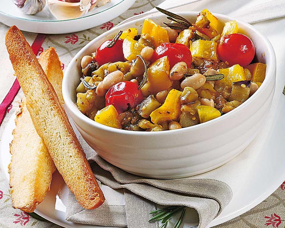 Тушеные овощи с чесноком