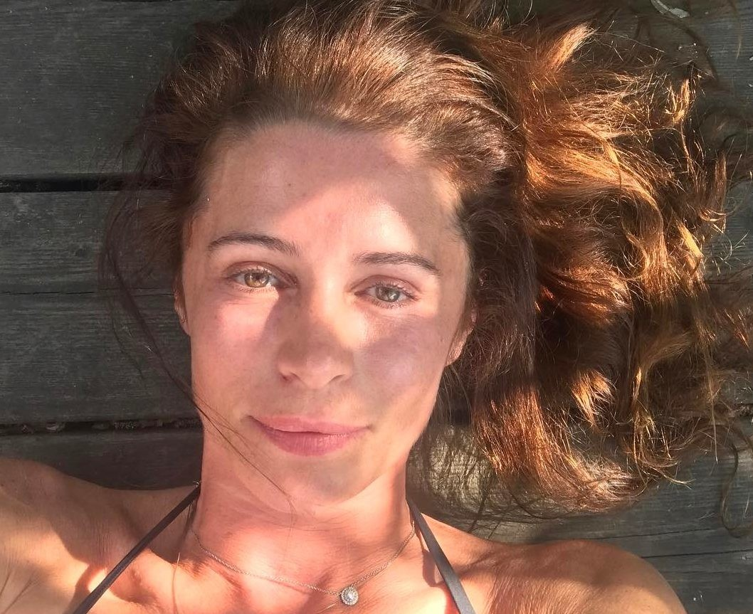 Оксана Фандера сняла ролик, в котором разоблачила «мир гламура»