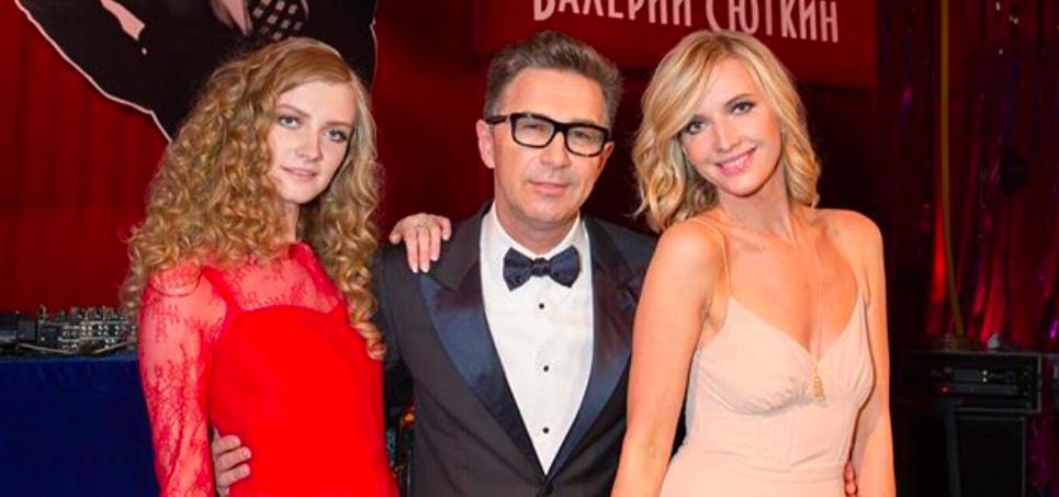 Жена Валерия Сюткина выглядит моложе его дочери