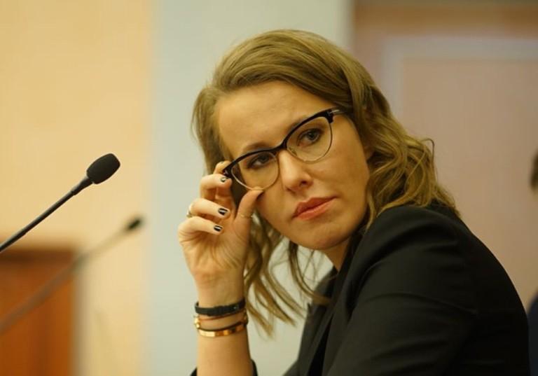 Ксения Собчак о скандале с Яной Рудковской: «Некрасиво влезать в семейные дела»