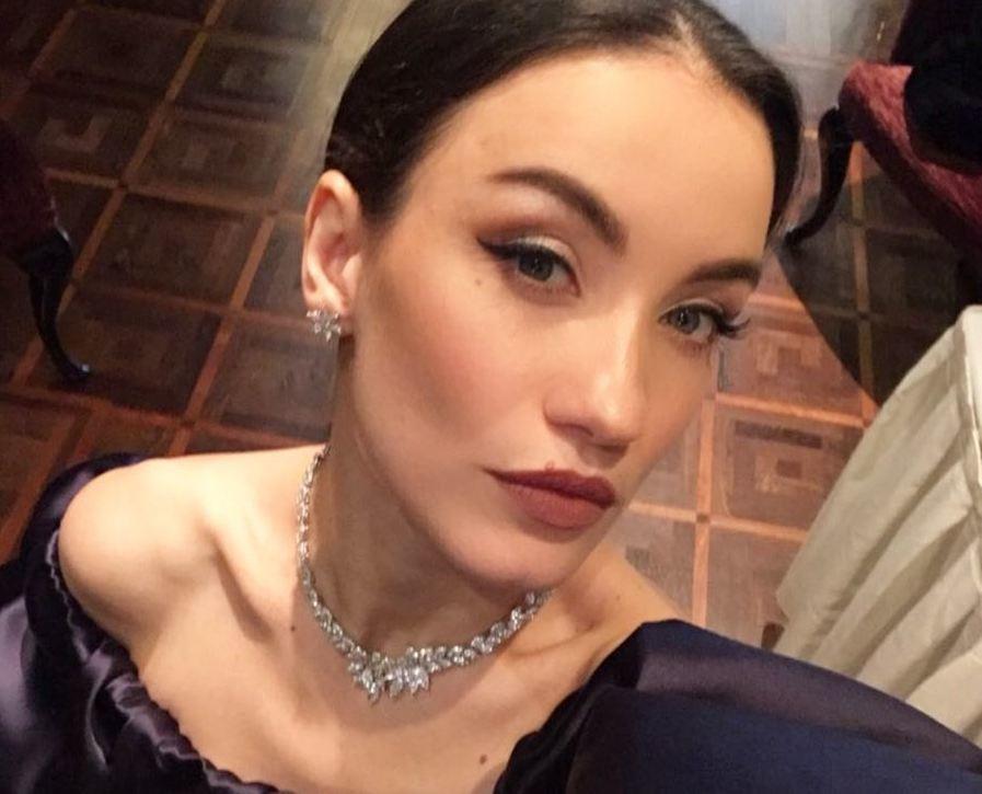 Виктория Дайнеко объяснила, почему скрывает имя и лицо двухлетней дочери