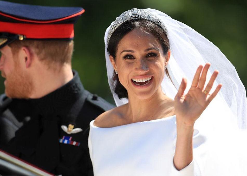 В сети обсуждают первые официальные фото со свадьбы Меган Маркл и принца Гарри
