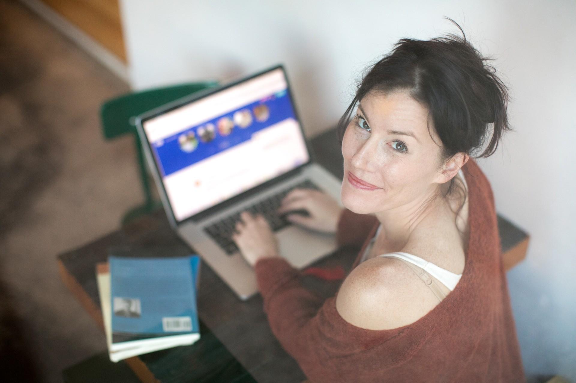 11 работающих способов найти в Интернете серьезные отношения