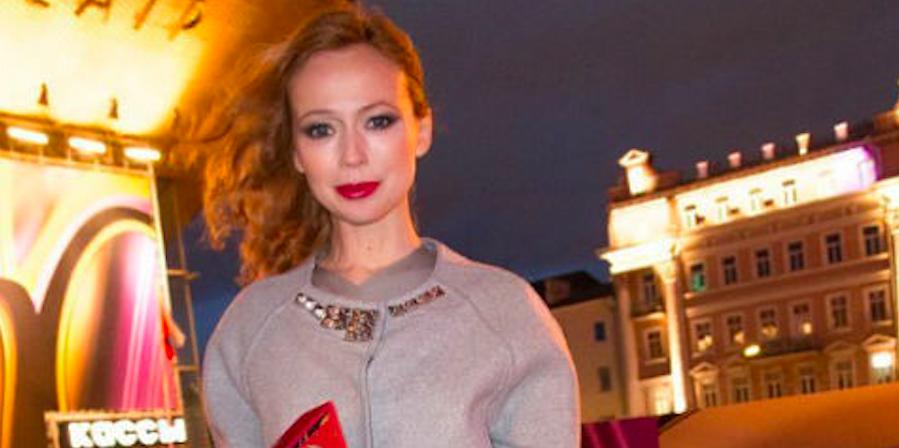 Елена Захарова раскрыла причину своего похудения в рекордные сроки