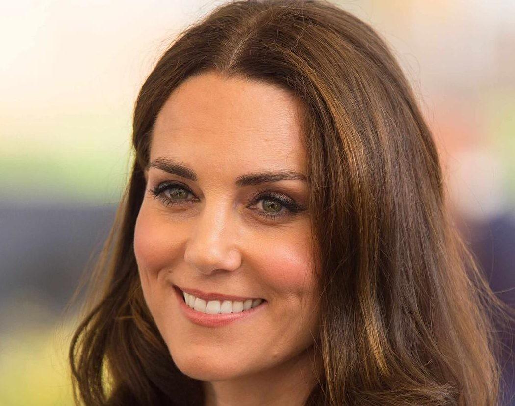 Официальные кадры: Кейт Миддлтон показала подросшего принца Луи