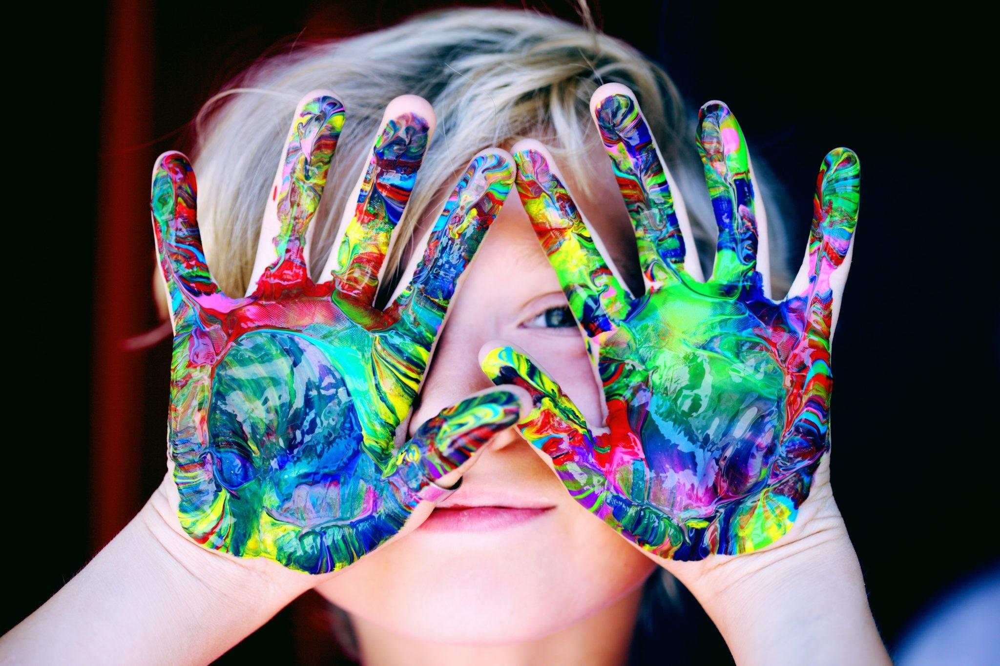 Кто твой ребенок по гороскопу — технарь или гуманитарий?