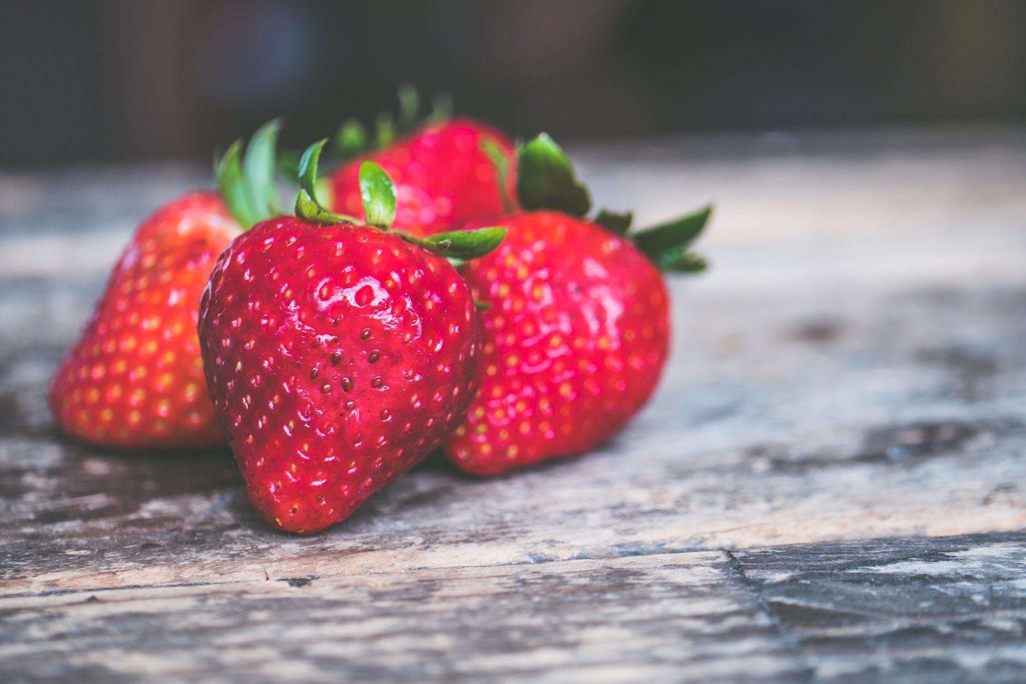 Чем полезна клубника: 5 тайных свойств ягоды