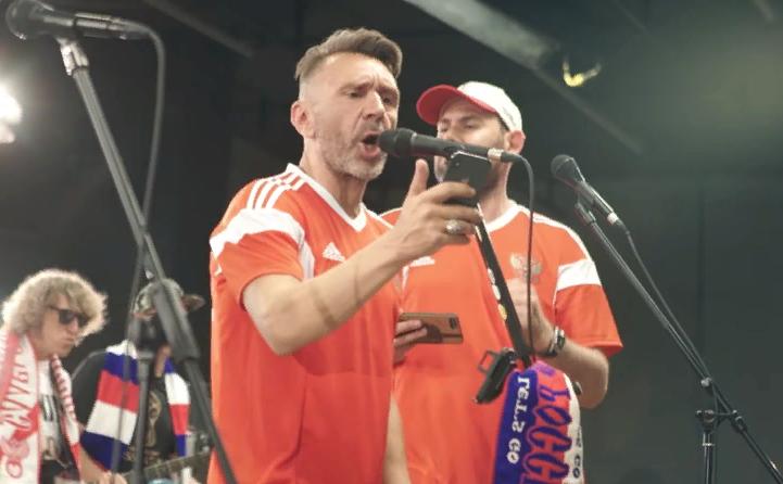 Семен Слепаков и Сергей Шнуров записали матерную песню о победах сборной России