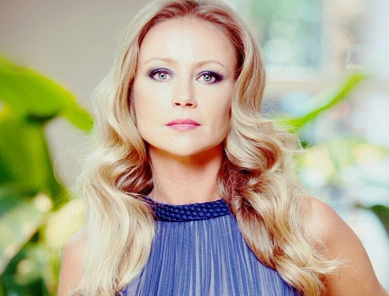 Ирония судьбы: актрису Марию Миронову ограбили в центре Москвы