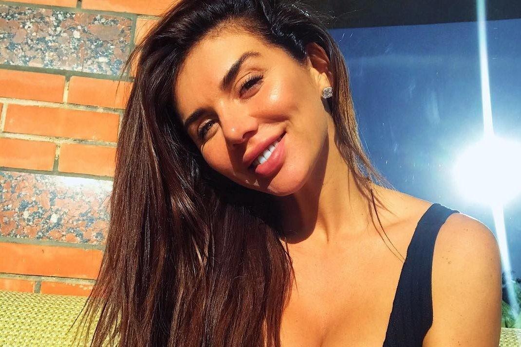 «Такого пресса после родов не бывает!»: Анну Седокову подозревают в пластике