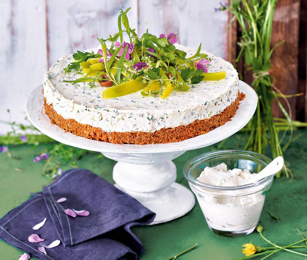 Закусочный торт со сливочным сыром