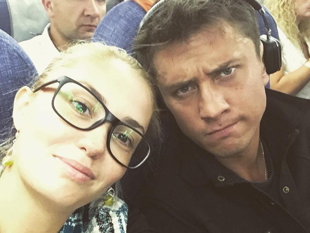 Фанаты заподозрили Павла Прилучного и Агату Муцениеце в обмане