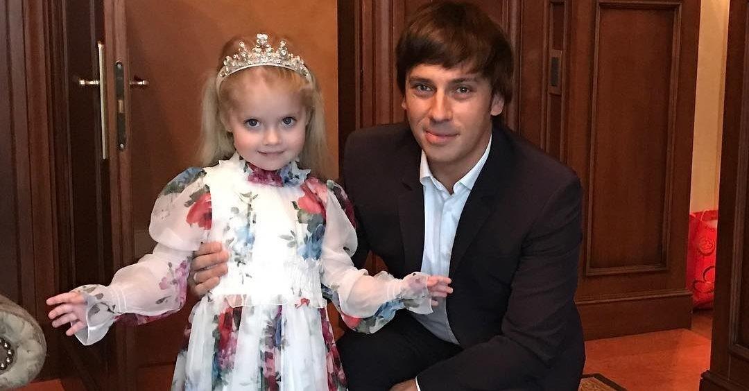 «Дети в синяках!»: Максима Галкина раскритиковали за методы воспитания