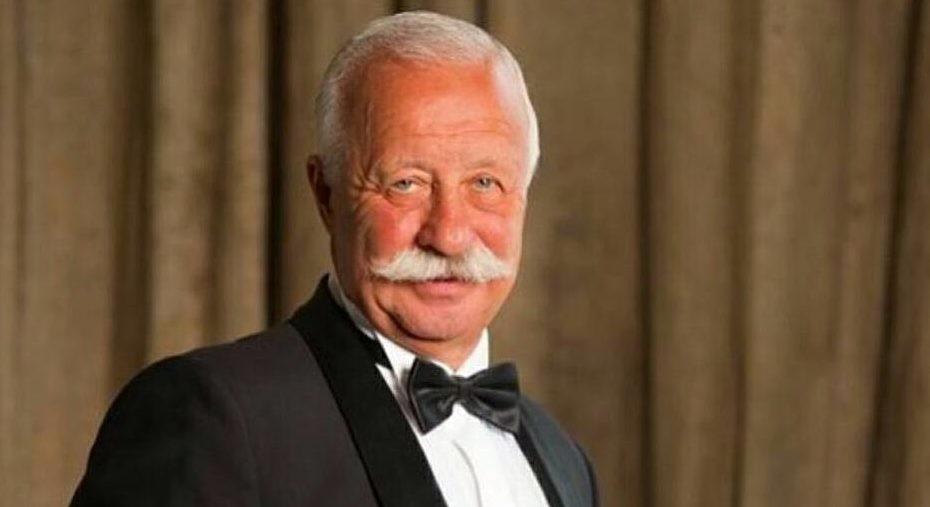 72-летний Леонид Якубович блеснул голым торсом в программе Малышевой