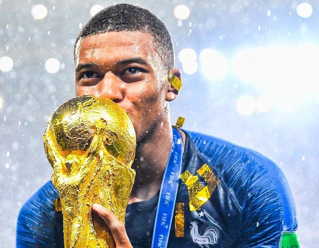 Лучший молодой футболист ЧМ-2018 отказался от призовых миллионов
