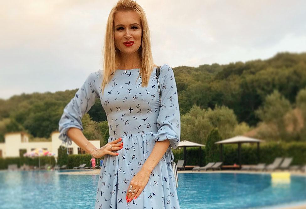44-летняя Олеся Судзиловская показала, какой должна быть фигура после вторых родов