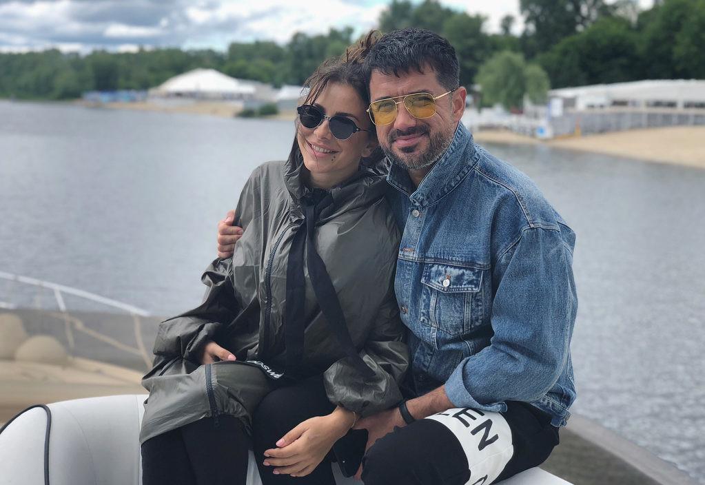 «Я благодарна Богу!»: Ани Лорак впервые сделала публичное заявление об измене мужа