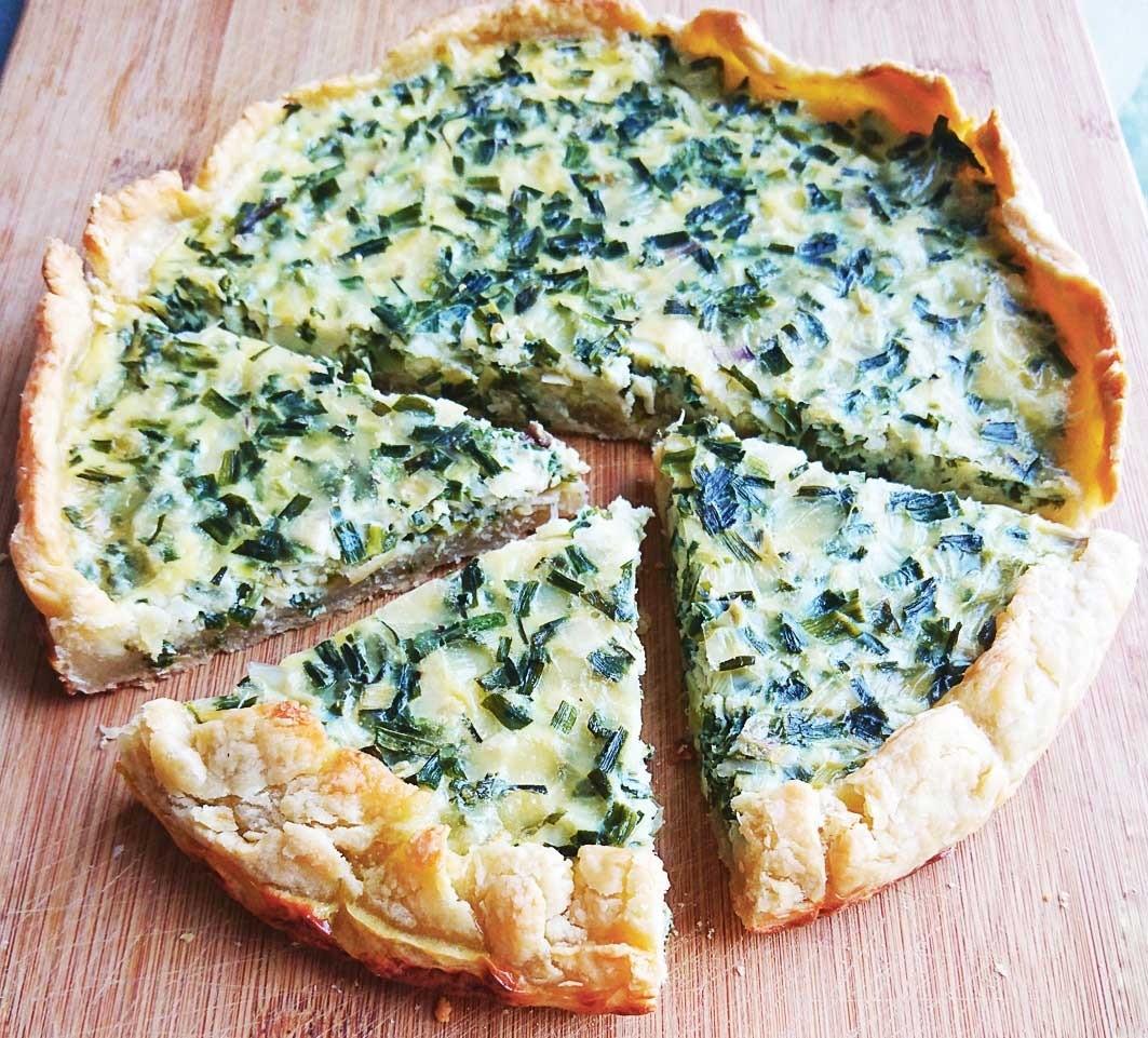 Киш-лорен с луком и сыром