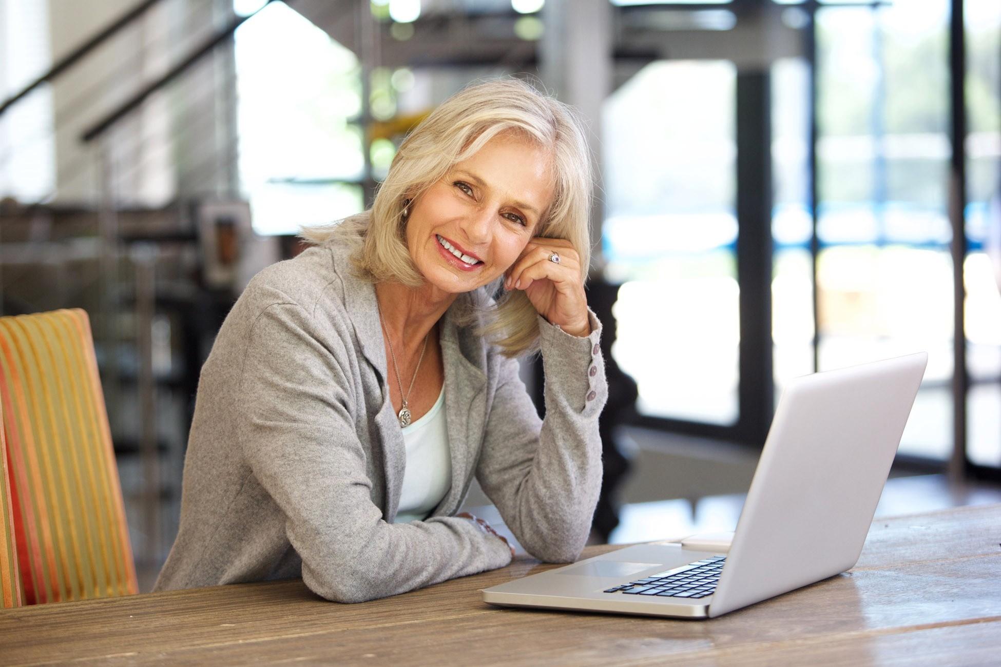 Вакансии для женщин от 50 лет: дельные советы о том, как точно найти работу