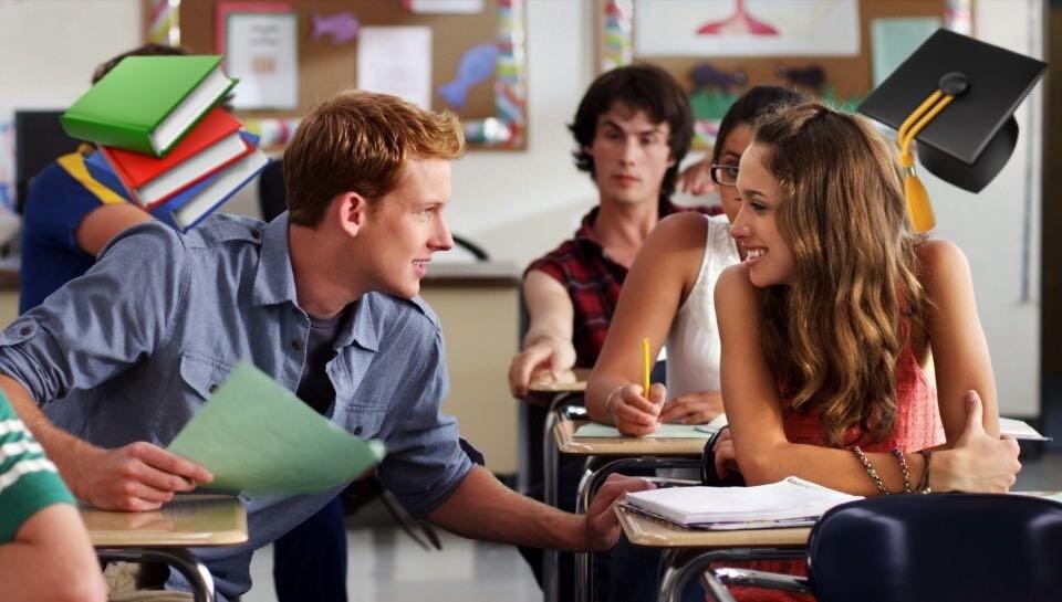 Звезда, бунтарка, ботаник или тихоня: тест, кем ты была в школе?